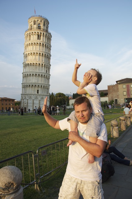 Leaning tower of Pisa travel
