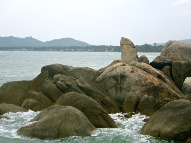 The grandfather rock, Ko Samui, Thailand - Round the world with kids